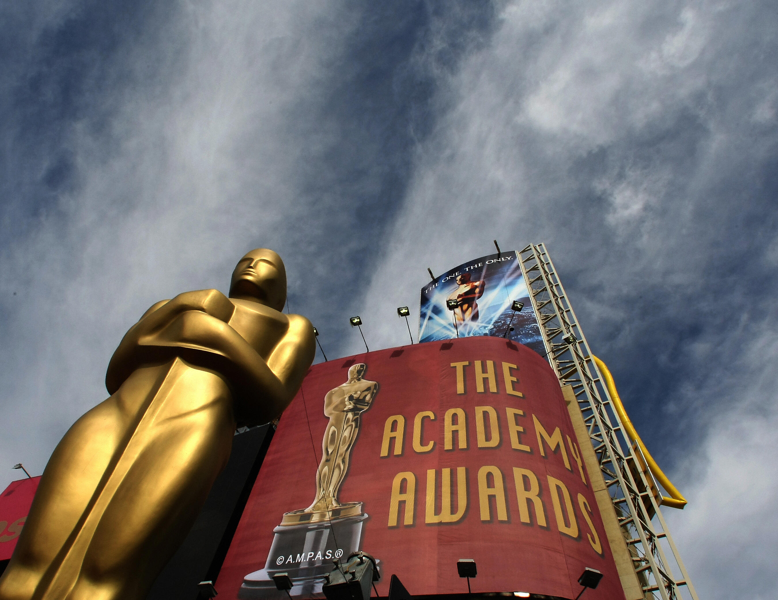 Clouds roll in as a Oscar Statue sits on